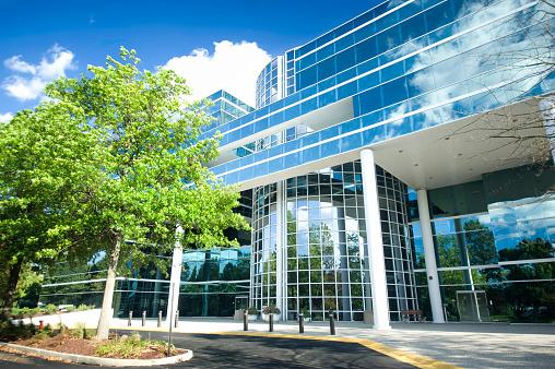 Postmodern「blue mirror glass industrial office building」:スマホ壁紙(8)