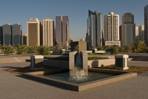 Boulevard「Abu Dhabi Skyline」:スマホ壁紙(16)