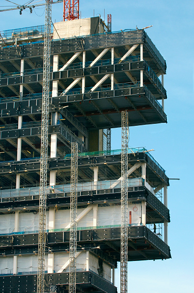 Timber「Steel modular structure during the erection of the Central Justice Court, Manchester, England, UK」:写真・画像(16)[壁紙.com]