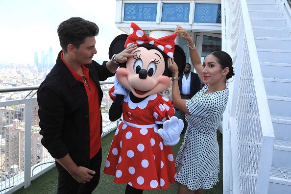 ミニーマウス「Minnie Mouse 90th Anniversary Celebration」:写真・画像(3)[壁紙.com]