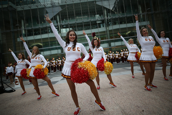 University of Southern California「University Of Southern California Trojan Band Marches Into Canary Wharf」:写真・画像(6)[壁紙.com]