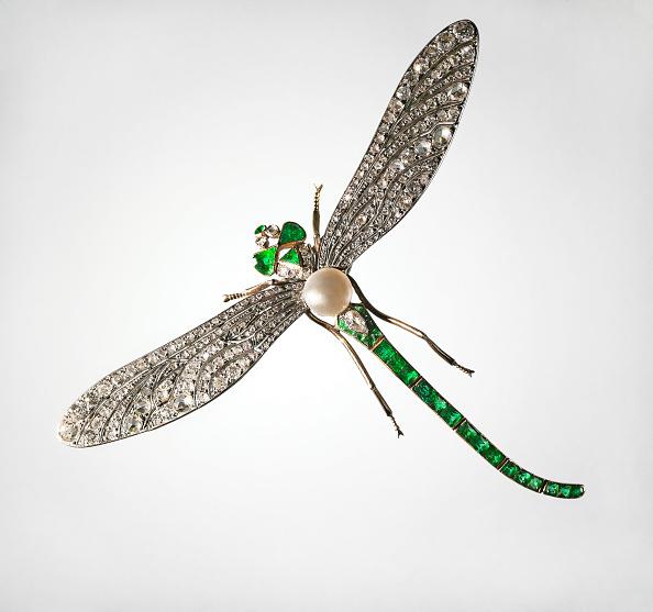 とんぼ「Brooch in the Form of a Dragonfly, End of 19th cen. Artist: Russian master」:写真・画像(3)[壁紙.com]