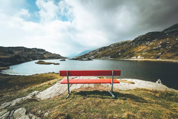 red bench with a view, mountain lake san bernardino, switzerland:スマホ壁紙(壁紙.com)
