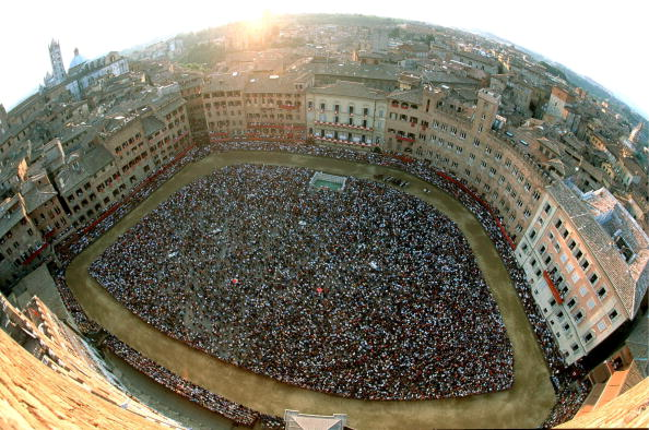 Siena - Italy「Medieval Horse Race Run Again」:写真・画像(3)[壁紙.com]