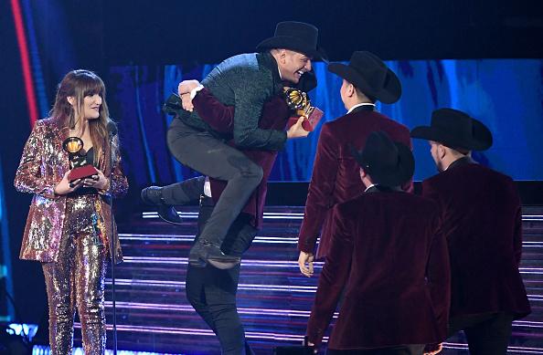 MGM Grand Garden Arena「The 19th Annual Latin GRAMMY Awards  - Show」:写真・画像(10)[壁紙.com]
