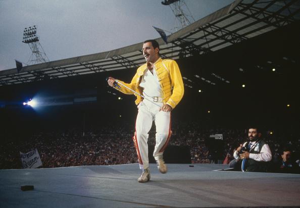 ポップミュージシャン「Queen At Wembley」:写真・画像(17)[壁紙.com]