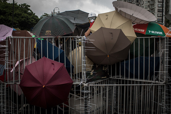 Barricade「Returned But Unresolved: Hong Kong's Deepening Rift With China」:写真・画像(13)[壁紙.com]
