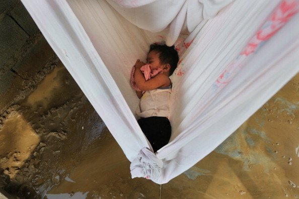 Hammock「Massive Cleanup Begins In Flood Hit Manilla」:写真・画像(8)[壁紙.com]