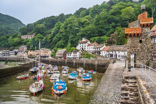 Sailboat「fishing port of Lynmouth North Devon」:スマホ壁紙(18)