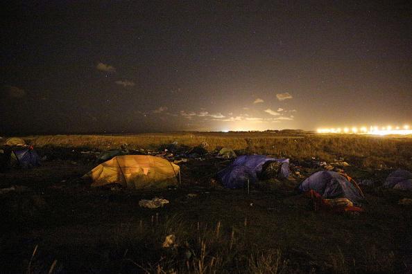 Sangatte「Illegal Immigrants In Calais」:写真・画像(16)[壁紙.com]