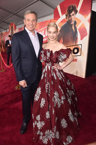 ボブ アイガー「Stars And Filmmakers Attend The World Premiere Of 'SOLO: A Star Wars Story' In Hollywood」:写真・画像(10)[壁紙.com]