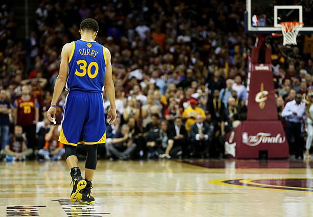 バスケ選手 ステファン・カリー の写真・画像[ID:476489226]『2015 NBA Finals - Game Three』| 壁紙.com