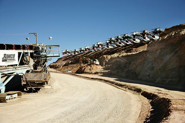Construction Vehicle「Oliver Llaneza Hesse」:写真・画像(16)[壁紙.com]