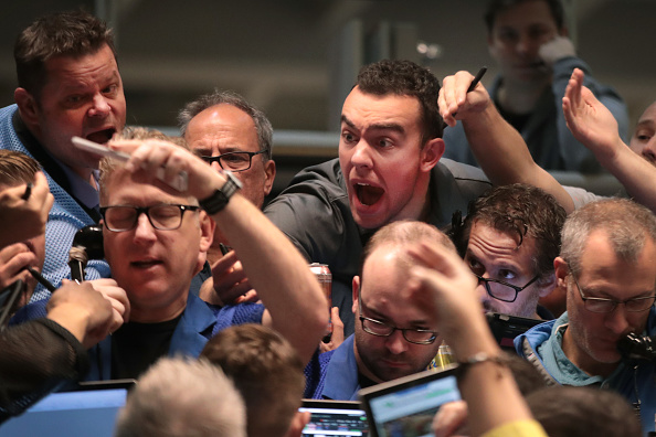 Trader「Traders Work On The Floor Of The CBOE Global Markets」:写真・画像(3)[壁紙.com]