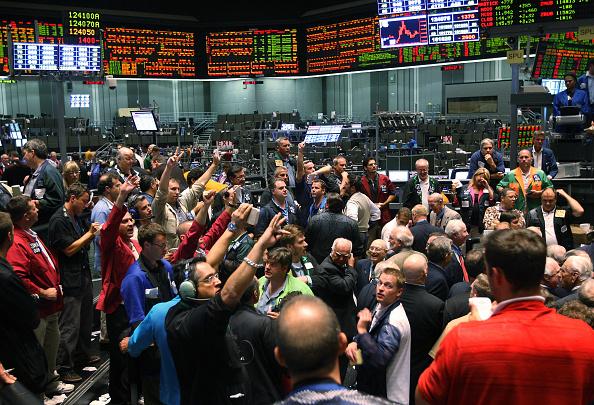 Dow Jones Industrial Average「Dow Jones Averages Falls Below 11,000」:写真・画像(14)[壁紙.com]