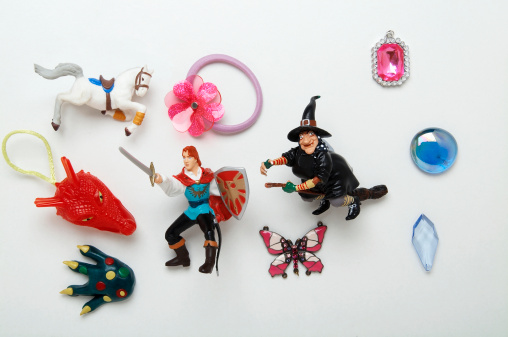 Fairy Tale「Toys of fantasy figures and jewellery」:スマホ壁紙(2)