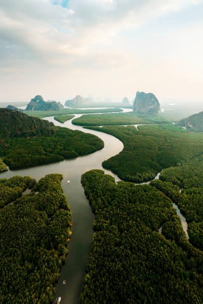 Scenic aerial view of Phang Nga at sunrise:スマホ壁紙(壁紙.com)
