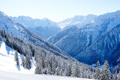 European Alps「Silvretta Montafon Valley in Winter」:スマホ壁紙(11)