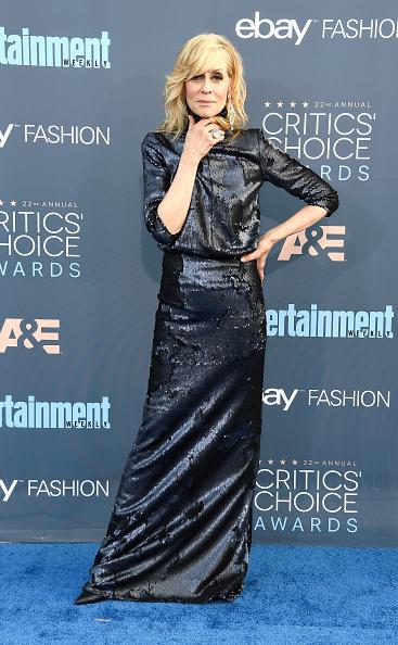 Side Swept Bangs「The 22nd Annual Critics' Choice Awards - Arrivals」:写真・画像(6)[壁紙.com]