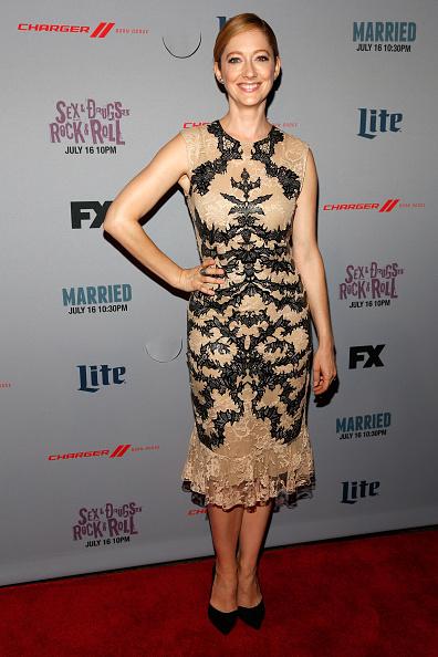 "Sleeveless「""Married"" New York Series Premiere」:写真・画像(8)[壁紙.com]"