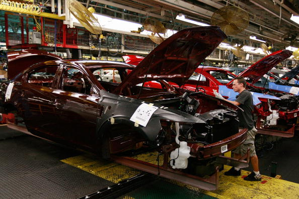 Industry「Ford Debuts New Taurus, Made In Chicago Plant」:写真・画像(4)[壁紙.com]
