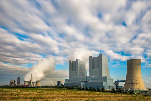 Grevenbroich「Germany, Grevenbroich-Neurath, old and new Neurath Power Station」:スマホ壁紙(15)