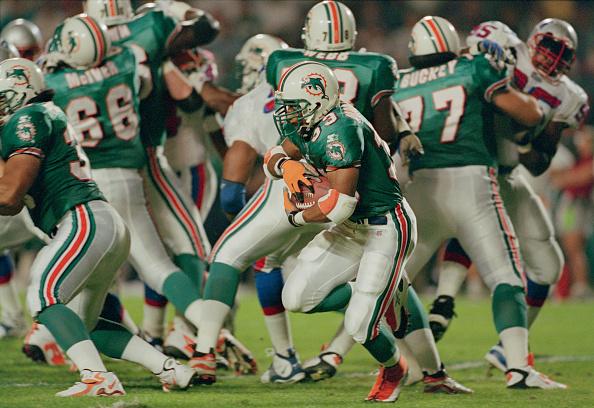 New England Patriots「New England Patriots vs Miami Dolphins」:写真・画像(18)[壁紙.com]