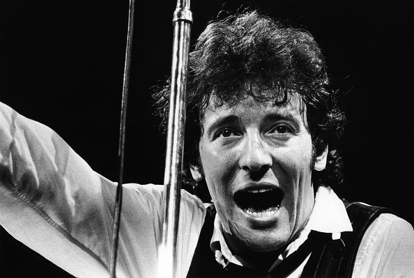 オハイオ州 クリーブランド「Bruce Springsteen in Concert」:写真・画像(15)[壁紙.com]