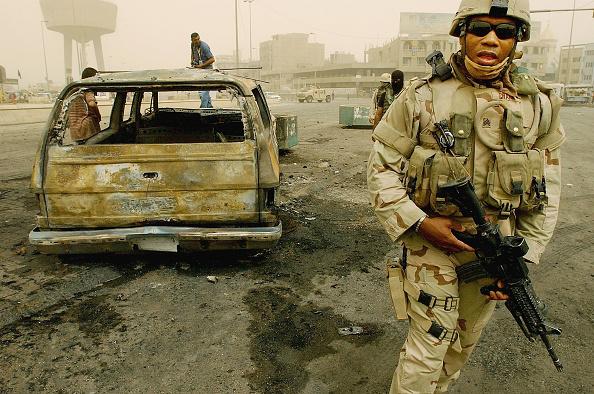 Baghdad「Suicide Car Bomb Targets U.S. Convoy In Baghdad」:写真・画像(7)[壁紙.com]