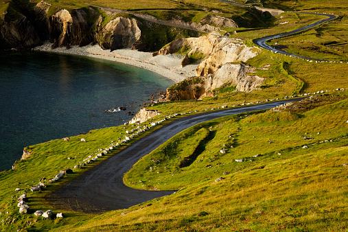 アキル島「The Atlantic Drive on Achill Island」:スマホ壁紙(1)