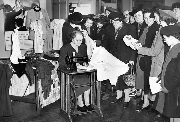 Manufacturing Equipment「Sewing Demonstration」:写真・画像(16)[壁紙.com]