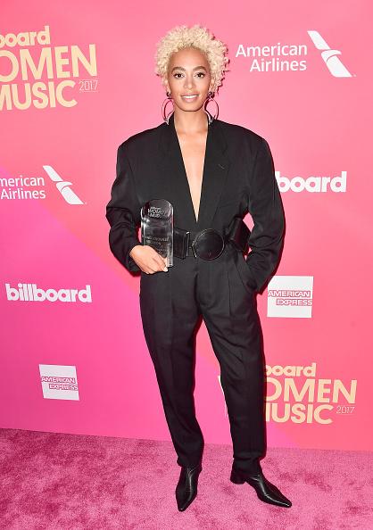 Wide Belt「Billboard Women In Music 2017 - Arrivals」:写真・画像(4)[壁紙.com]