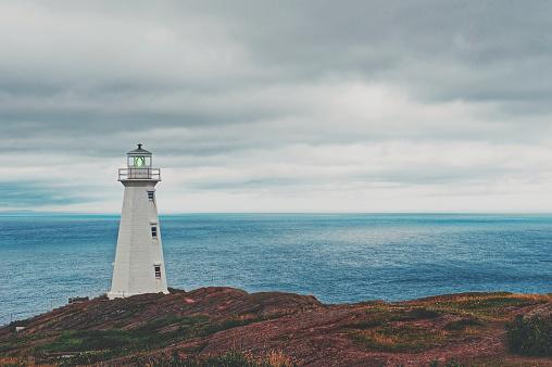Beacon「Cape Spear lighthouse,Avalon Peninsula, Newfoundland,Canada」:スマホ壁紙(13)