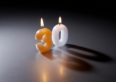 Zero「Number candles」:スマホ壁紙(6)