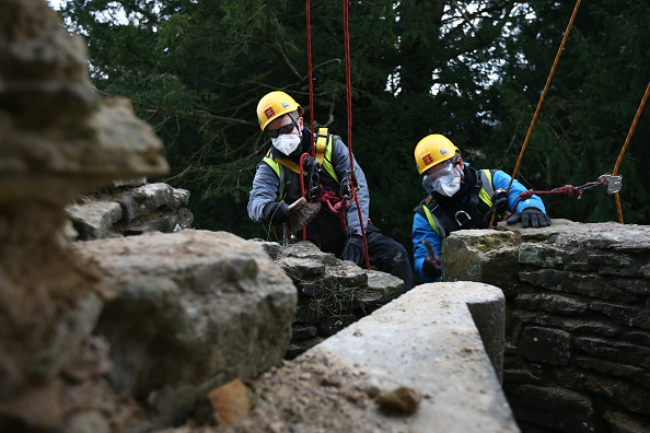 Rope Access Technician「Spring Cleaning Takes Place At English Heritage Properties Around The UK」:写真・画像(16)[壁紙.com]