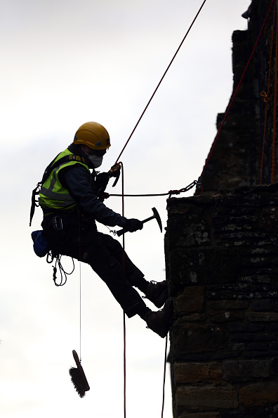 Rope Access Technician「Spring Cleaning Takes Place At English Heritage Properties Around The UK」:写真・画像(15)[壁紙.com]