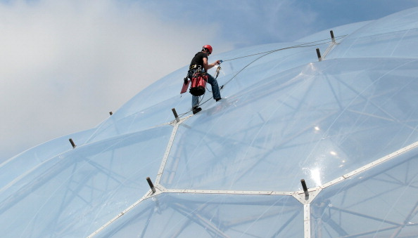 Rope Access Technician「Cornish Oasis Garden Opened at The Eden Project」:写真・画像(10)[壁紙.com]