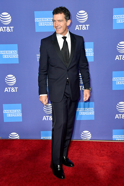Loafer「31st Annual Palm Springs International Film Festival Film Awards Gala - Arrivals」:写真・画像(13)[壁紙.com]