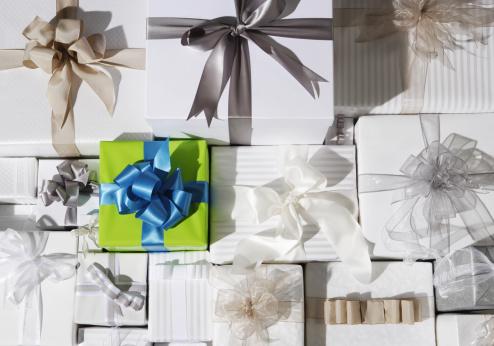 プレゼント「Gifts」:スマホ壁紙(1)