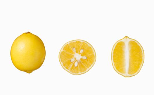 Close To「Lemons on white」:スマホ壁紙(0)