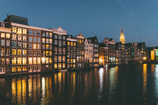 Amsterdam「Streets of Amsterdam at night」:スマホ壁紙(4)