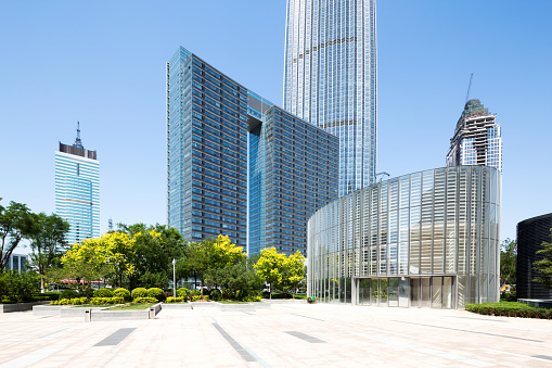City Life「modern buildings in midtown of modern city」:スマホ壁紙(10)