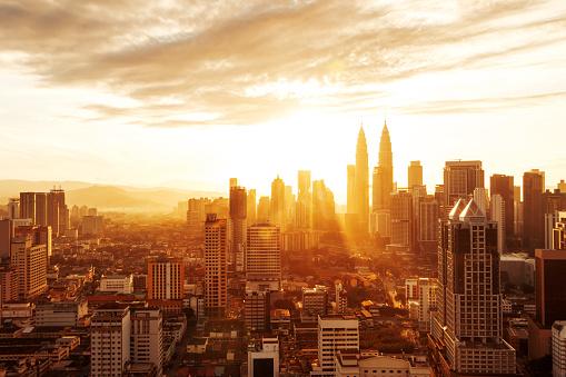 Kuala Lumpur「modern buildings in midtown of modern city」:スマホ壁紙(18)