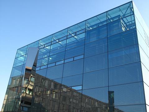 Stuttgart「Modern building in Stuttgart」:スマホ壁紙(18)