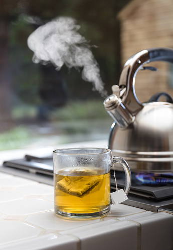 Flame「Tea Kettle with steam, cup, tea bag」:スマホ壁紙(15)