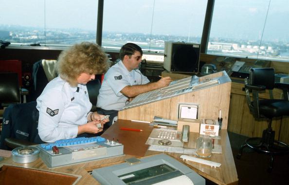 Replacement「Air Traffic Controllers' Strike」:写真・画像(7)[壁紙.com]