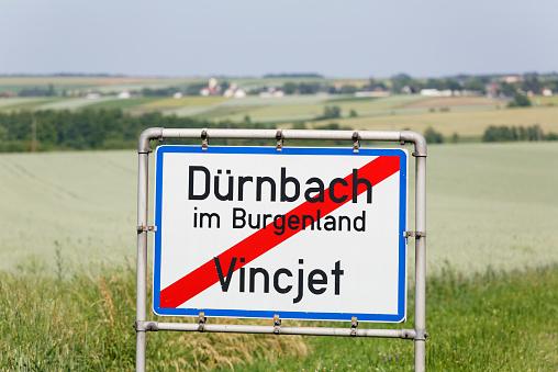 Bilingual「Austria, Burgenland, bilingual place name sign」:スマホ壁紙(10)