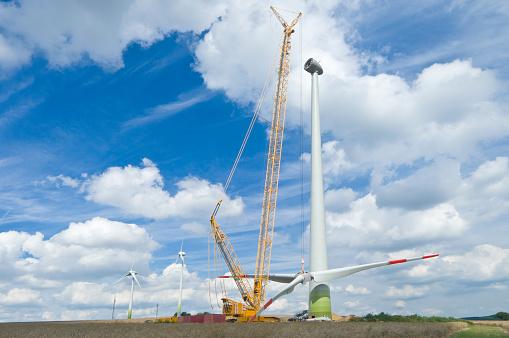 雲「インストール風力タービンのローター ブレード」:スマホ壁紙(7)