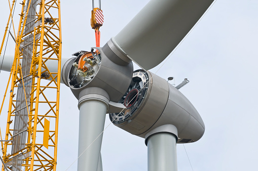 Blade「Installation the rotor blades on a wind turbine」:スマホ壁紙(14)