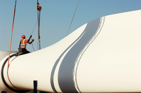 Blade「Installation of wind turbines in Cormainville, Eure-et-Loir France. The wind farm will supply energy to 51,300 inhabitants with an annual production of 128 GW.h」:写真・画像(7)[壁紙.com]